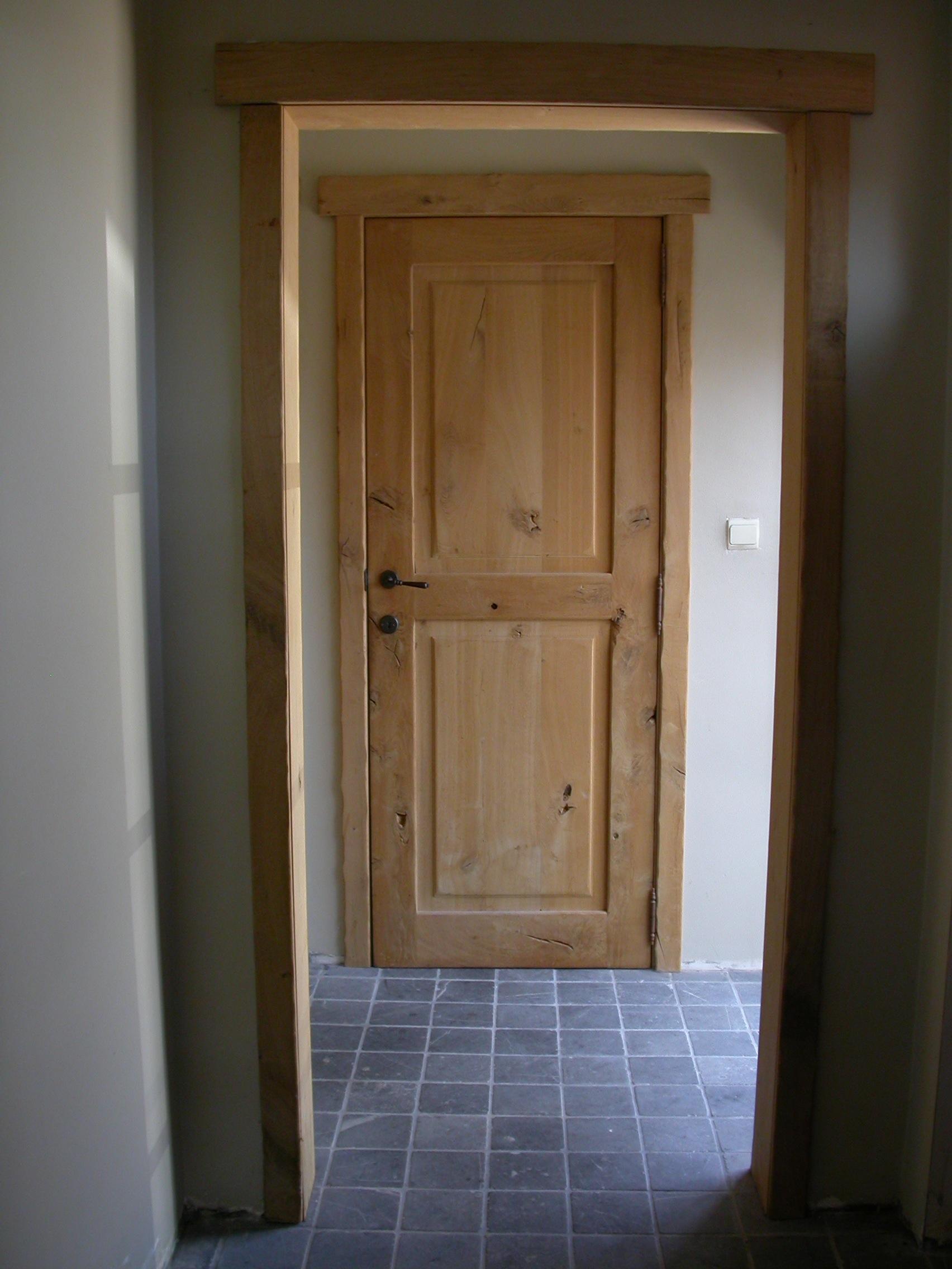 Massieve deuren interieurbouw swennen for Klinken voor binnendeuren